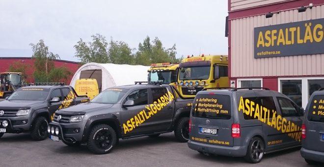 asfaltera-uppfart-företagsbilar