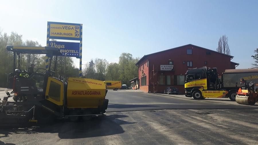 asfaltera-uppfart-asfalt